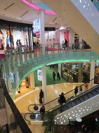 La Part-Dieu Shopping Center: Centre Commercial La Part-Dieu (Lyon 2014)
