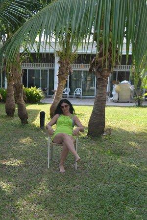 Al's Resort: наша полянка