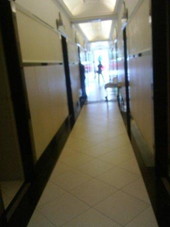 Hotel Formentin: corridio hotel