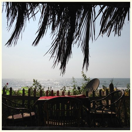 Vila Goesa Beach Resort: shack at the resort