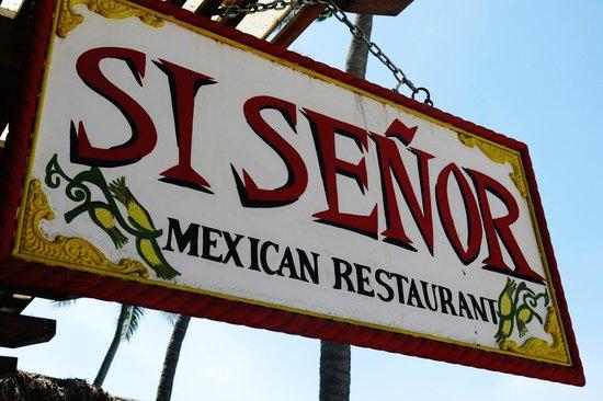 Si Senor Beach: On the boardwalk