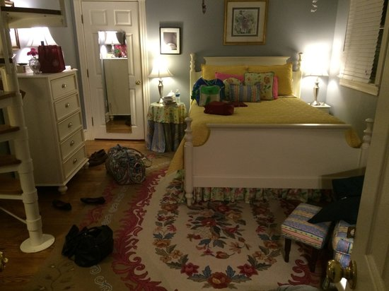 Harmony Hill Bed & Breakfast: Turkey Knob room