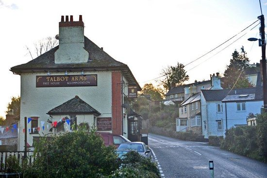 Talbot Arms: Morning mist