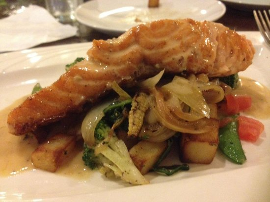 Pesto Restaurant : Salmon with something glazed and veggies.