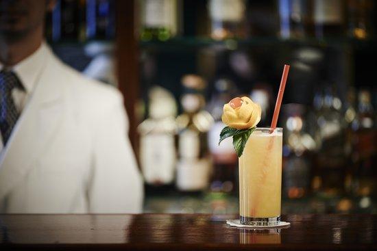 Photo of Cocktail Bar Kronenhalle Bar at Rämistrasse, Zürich 8001, Switzerland