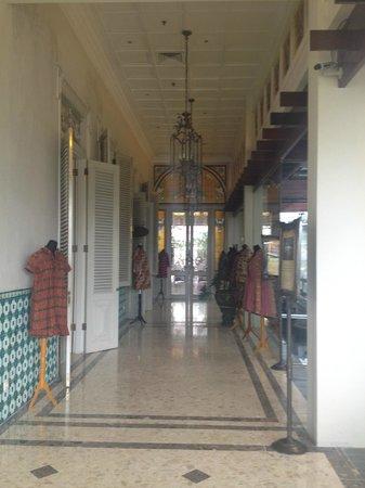 The Phoenix Hotel Yogyakarta - MGallery Collection: lobby area