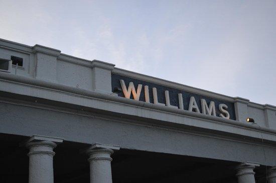 Grand Canyon Railway: Estación de Williams
