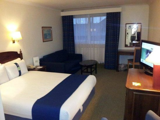 Holiday Inn Cambridge : Decent sized room