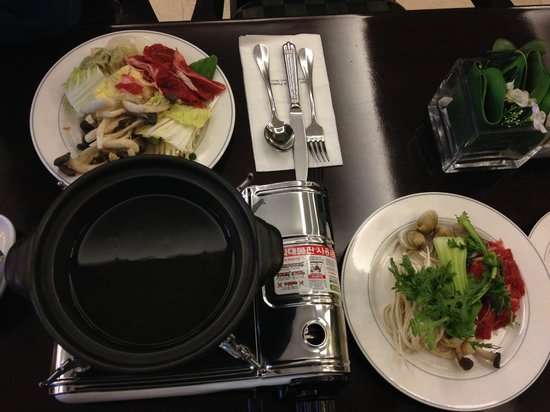 Best Western Premier Incheon Airport: Dîner-buffet : fondue chinoise