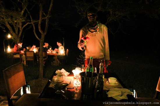 Naboisho Camp, Asilia Africa : The saddest moment of all, the last dinner
