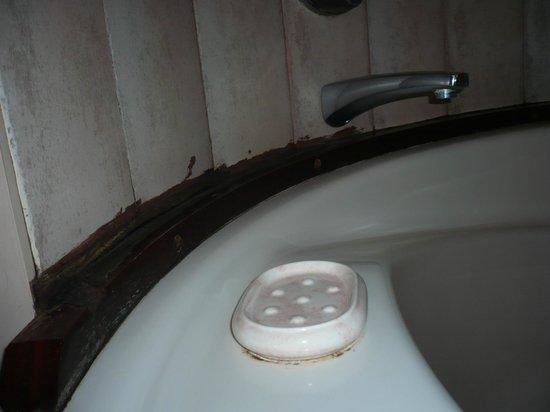 Nouvata Parc Hotel : salle de bain