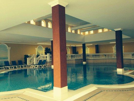 MARC AUREL Spa & Golf Resort: Piscine intérieure