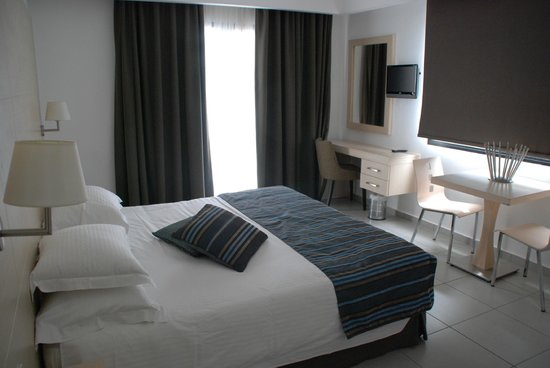 Anemi Hotel Apartments: room