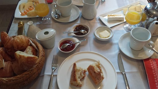 Toile Blanche: Breakfast