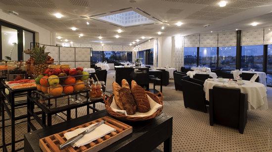 L'Agapa Hotel SPA Nuxe : Petit-Déjeuner Buffet - Le Bélouga
