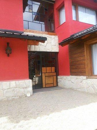 Kurtem Lodge: Acceso muy hermoso
