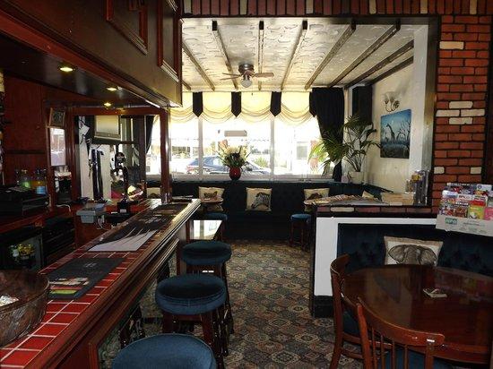 Strathdon Hotel: Licensed Residents Bar