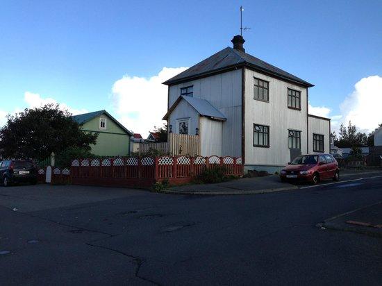 Edda's Farmhouse in Town : Outside Edda's