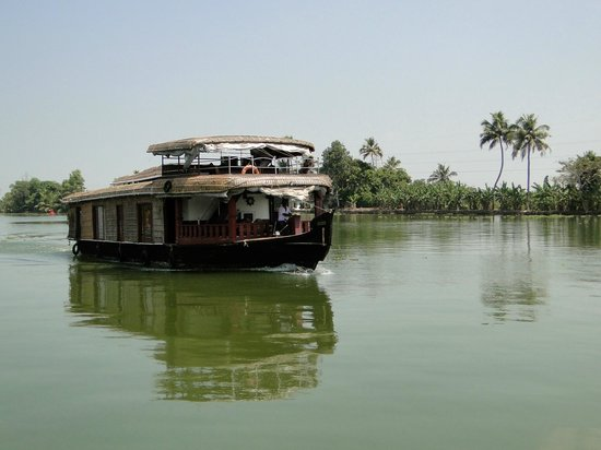 Lakes & Lagoons Tour Company: Houseboat