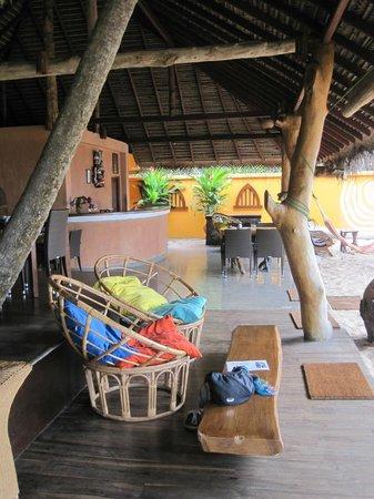 Mangrove Beach Cabanas & Chalets: Restaurant