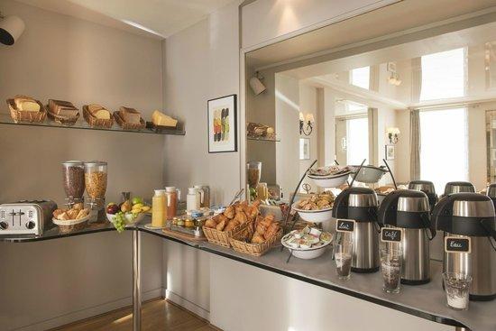 Hotel de Geneve: buffet petit dejeuner
