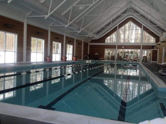The Essex, Vermont's Culinary Resort & Spa: A wonderful day pool side