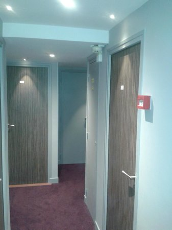 Hotel Kyriad Paris 12 - Nation: Etage