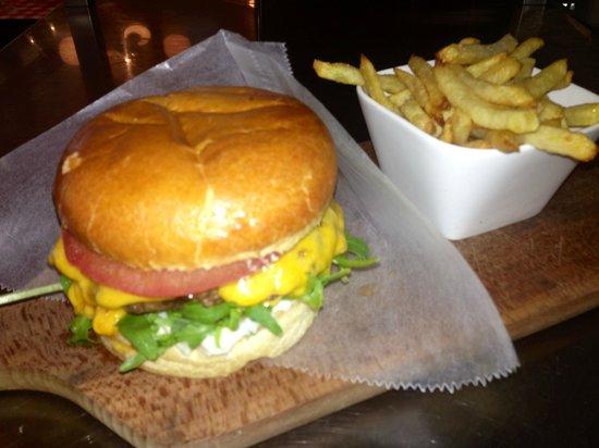 "Le Bariole: hamburger ""divin"""