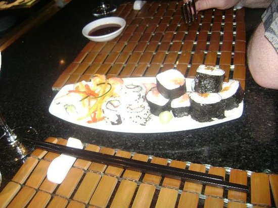 Hyatt Zilara Cancun : sushi appetizer at Asiana