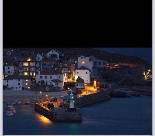 Seaforth B&B : Nightfall in St Ives