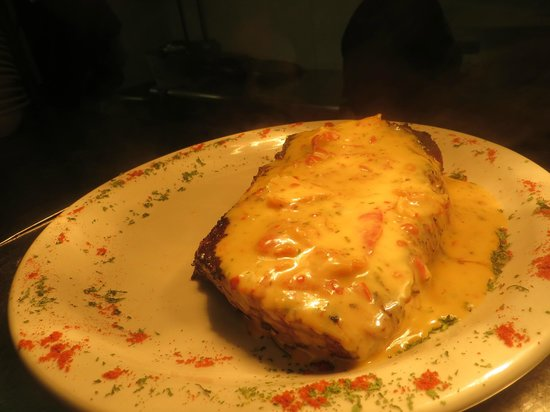 Cap'n Morgans Sports Bar & Grill : the 'Hot Orange Steak' dinner special