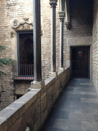 Museo Picasso : Picasso Museum Courtyard