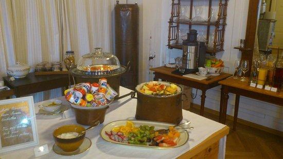 Boutique Hotel Schluessel : Frühstück liebevoll arrangiert