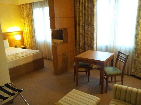Monreale Sao Jose dos Campos: Room