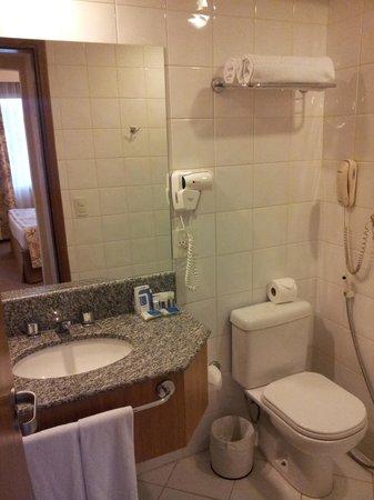 Monreale Sao Jose dos Campos: Bathroom