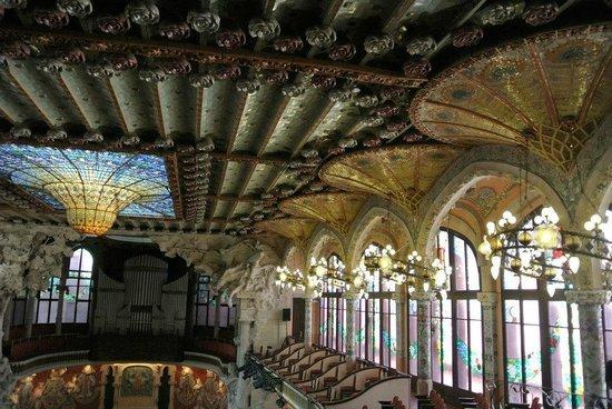 Palais de la Musique Catalane (Palau de la Musica Catalana) : Amazing interior
