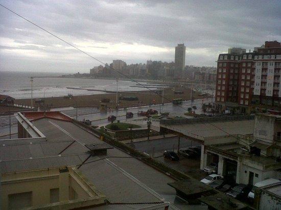 Hotel Iruna Mar del Plata: Vista desde la habitación
