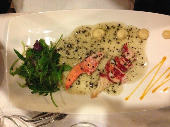Egana Santo : Ensalada de bogavante a la vinagreta de trufas