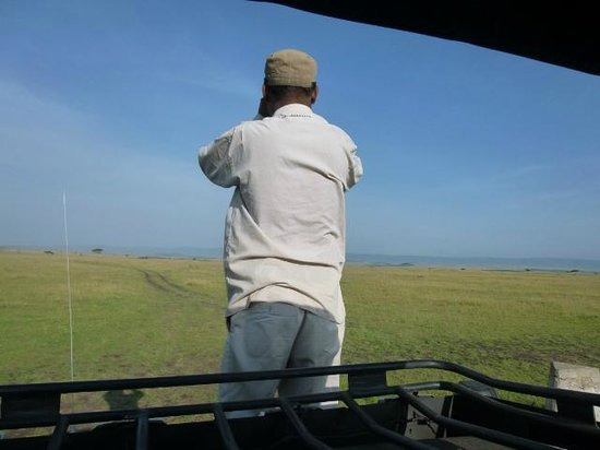 Eyes on Africa Safaris: Looking for the Big Five