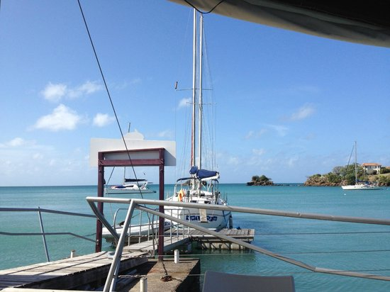 True Blue Bay Boutique Resort: The view at breakfast
