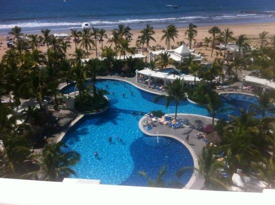 Hotel Riu Emerald Bay: Pool