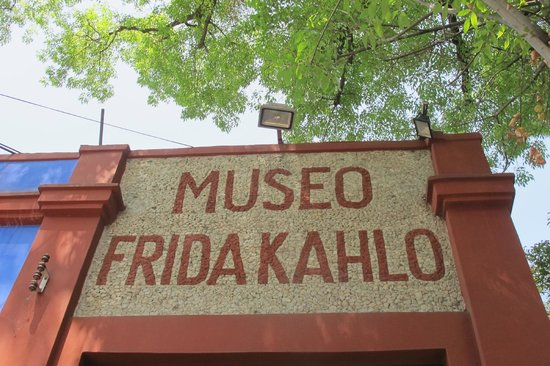 Musée Frida Kahlo : Entrance to the museum