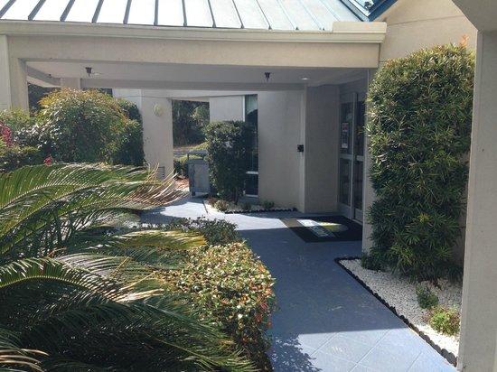 Days Inn Hilton Head: Entrance