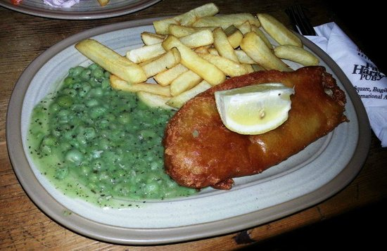 Fat Harry's Pub: fish and chips