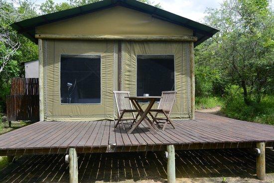 Ngama Tented Safari Lodge: Room