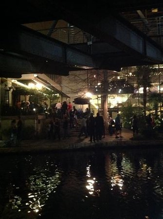 River Walk : Night time on the Riverwalk