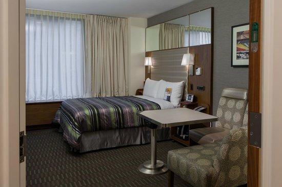 Club Quarters Hotel, Grand Central: Standard Room