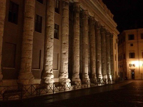 Godt mål for en aftentur: Hadrian's Temple