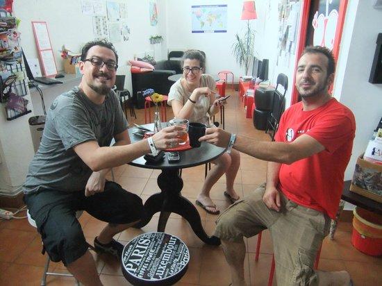 Bilbao Akelarre Hostel : Entre amigos!