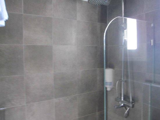 Ilio Maris Hotel : Bathroom 1